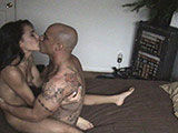 Amateur couple makin their first sex tape!