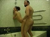 Amateur bathroom sextape