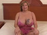 Chubby American cougar with BBC