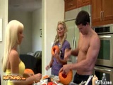 Phoenix Marie And Jessica Lynn Fucked After Halloween Pumpkin Carving For Muffia