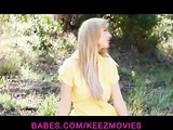 Sophia Knight strips & rubs herself to orgasm outside