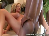 Black Guys Makes Milfs Pussy Squirt From Pleasure