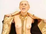 Miley Cyrus Flashing Tits On Maxim Set