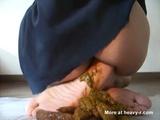 Close Up Shitty Feet - Scat Videos