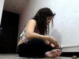 Pretty Girl With Curl Hair Live Cam
