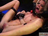 Male Slave Nipple Halle Von Is In Town On Vacation With